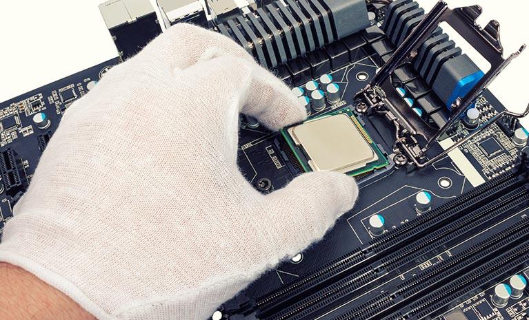 Mainboard Reparatur