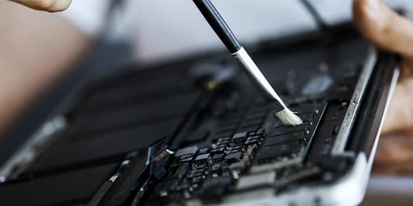 Akku von Lenovo Tablet wird repariert